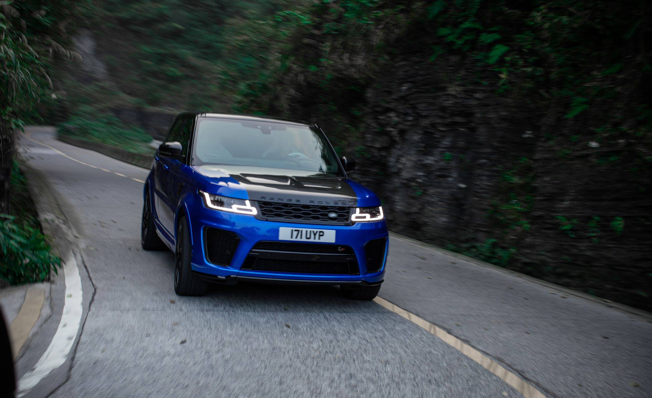 2018 Range Rover Sport SVR Front Wallpapers (9)