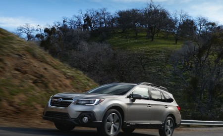 2018 Subaru Outback Wallpapers