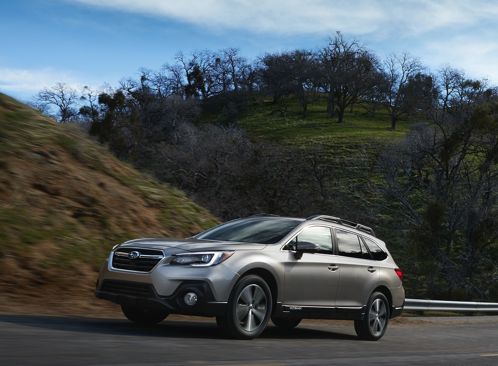 2018 Subaru Outback Front Three-Quarter Wallpapers (1)