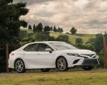 2018 Toyota Camry SE Front Three-Quarter Wallpapers 150x120 (22)