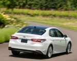 2018 Toyota Camry XLE Rear Wallpapers 150x120 (35)