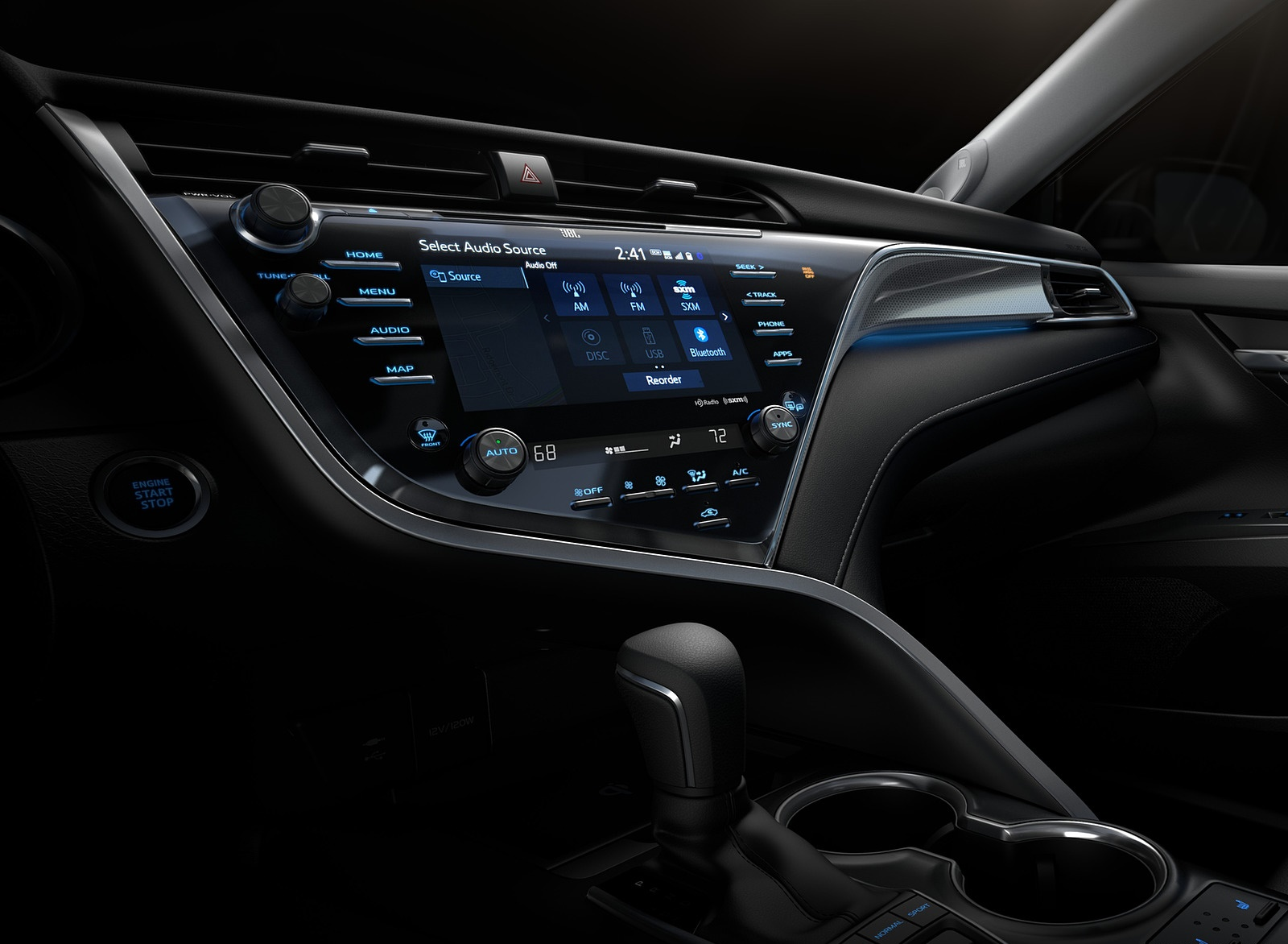 2018 Toyota Camry XSE Central Console Wallpapers (15)