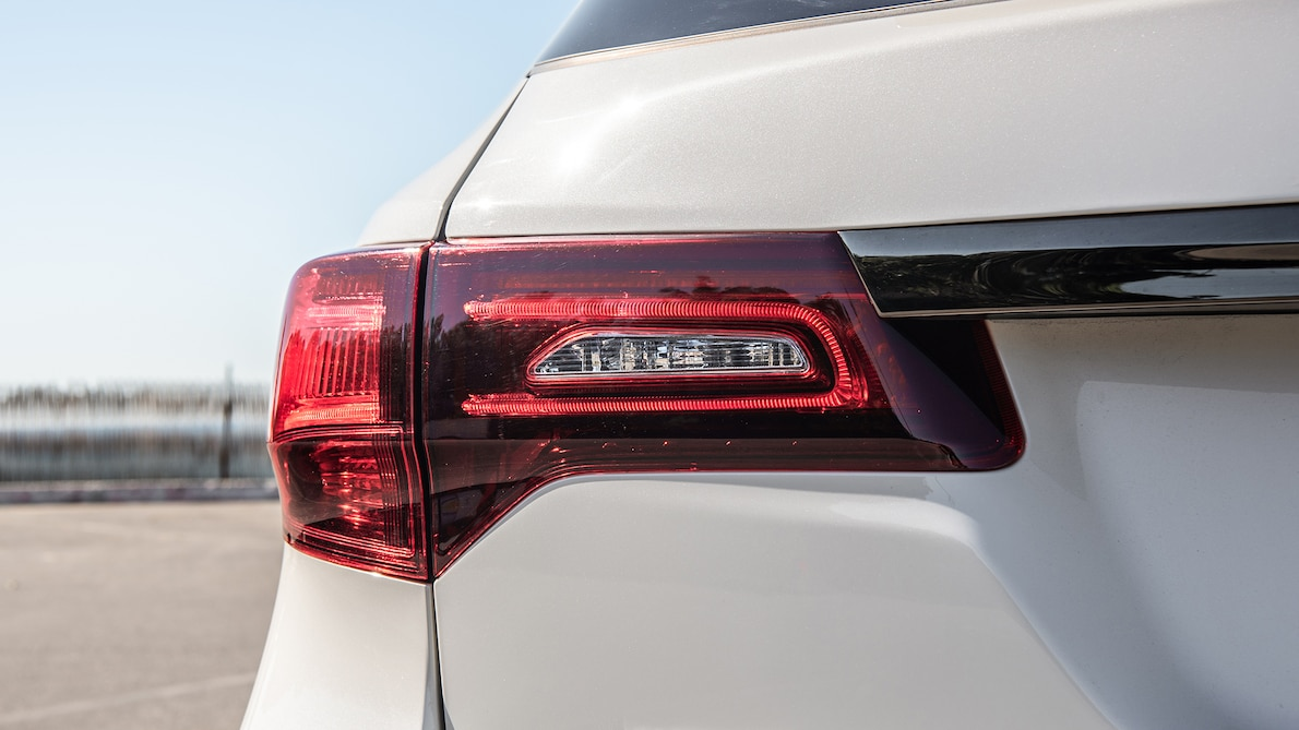2019 Acura MDX A-Spec Tail Light Wallpaper (15)