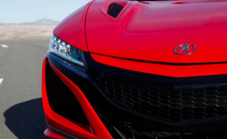 2019 Acura NSX (Color: Curva Red) Grill Wallpaper 450x275 (11)