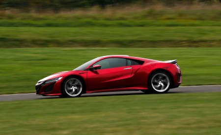 2019 Acura NSX (Color: Curva Red) Side Wallpaper 450x275 (68)