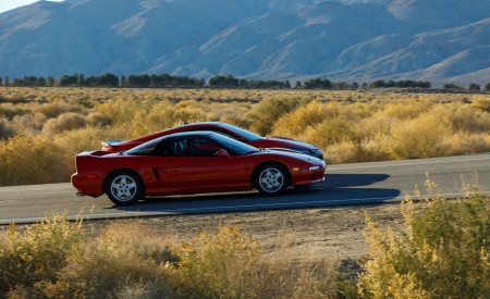 2019 Acura NSX (Color: Curva Red) and 1990 Acura NSX Side Wallpaper 450x275 (4)