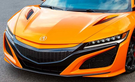 2019 Acura NSX (Color: Thermal Orange Pearl) Front Bumper Wallpaper 450x275 (35)