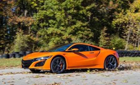 2019 Acura NSX (Color: Thermal Orange Pearl) Front Three-Quarter Wallpaper 450x275 (22)