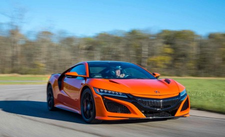 2019 Acura NSX (Color: Thermal Orange Pearl) Front Three-Quarter Wallpaper 450x275 (16)