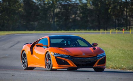 2019 Acura NSX (Color: Thermal Orange Pearl) Front Three-Quarter Wallpaper 450x275 (17)