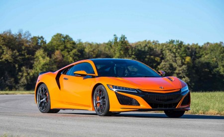 2019 Acura NSX (Color: Thermal Orange Pearl) Front Three-Quarter Wallpaper 450x275 (25)