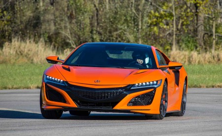 2019 Acura NSX (Color: Thermal Orange Pearl) Front Wallpaper 450x275 (28)