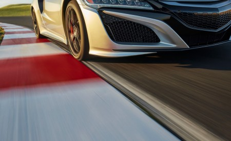 2019 Acura NSX Detail Wallpaper 450x275 (92)