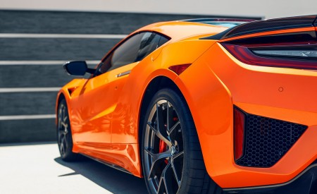 2019 Acura NSX Detail Wallpaper 450x275 (88)