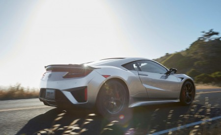 2019 Acura NSX Rear Three-Quarter Wallpaper 450x275 (111)