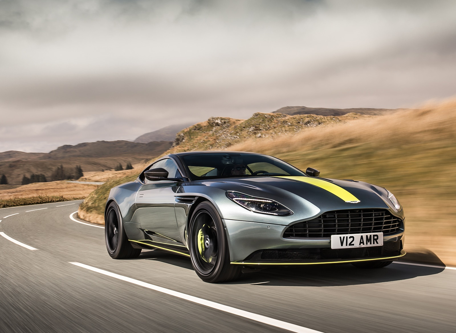 2019 Aston Martin DB11 AMR (Signature Edition) Front Three-Quarter Wallpapers (7)