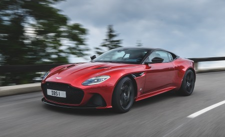 2019 Aston Martin DBS Superleggera Wallpapers