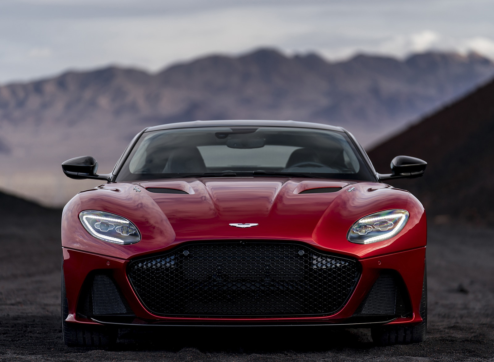 2019 Aston Martin DBS Superleggera Front Wallpapers (8)