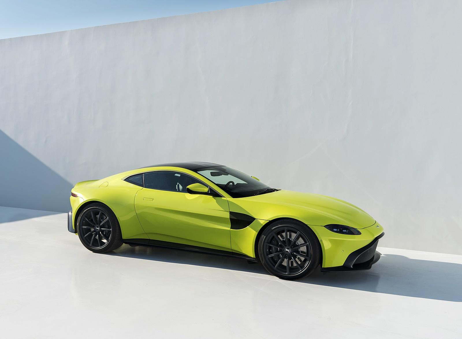 2019 Aston Martin Vantage Front Three-Quarter Wallpapers (15)