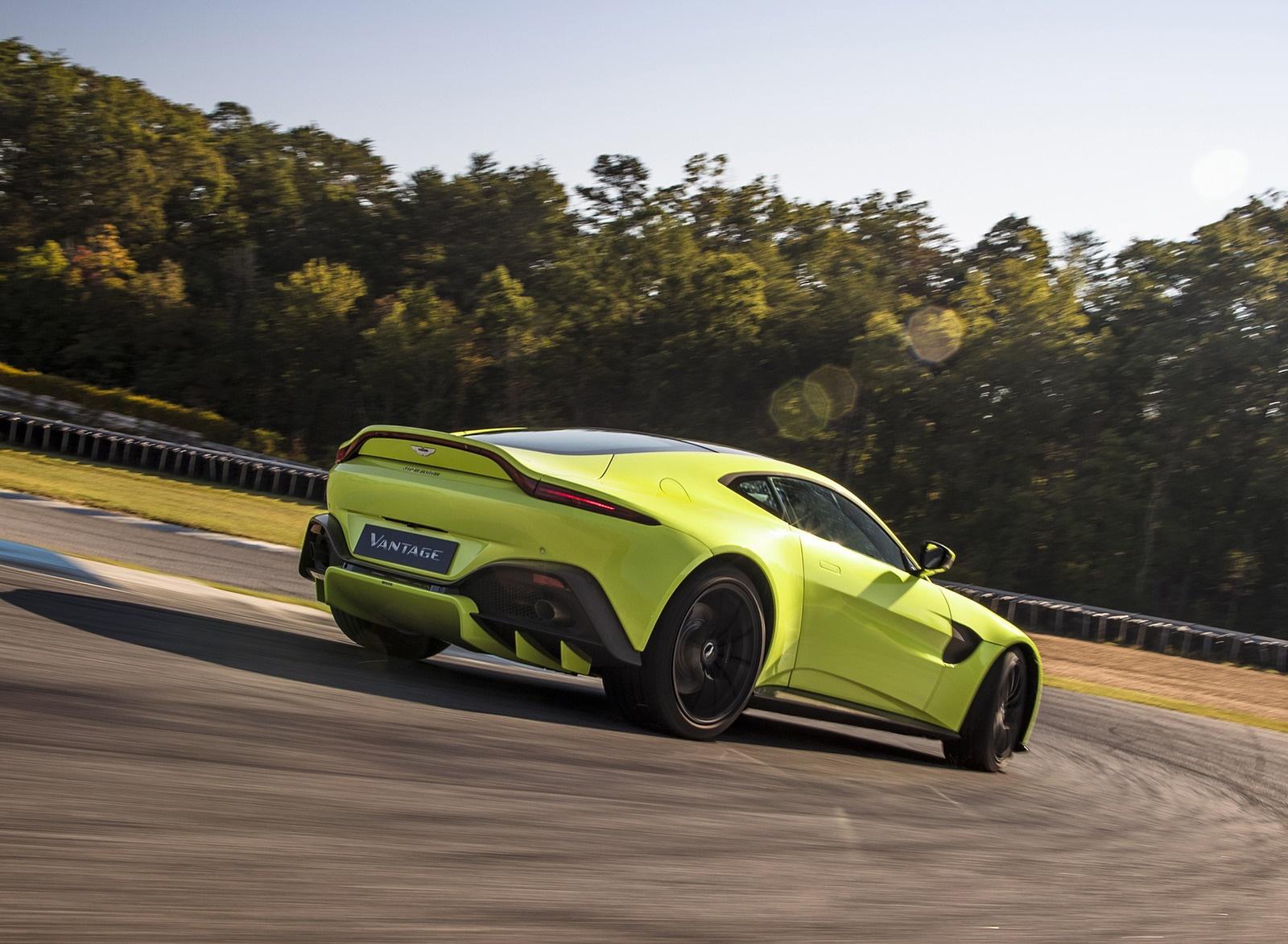 2019 Aston Martin Vantage Rear Three-Quarter Wallpapers (8)