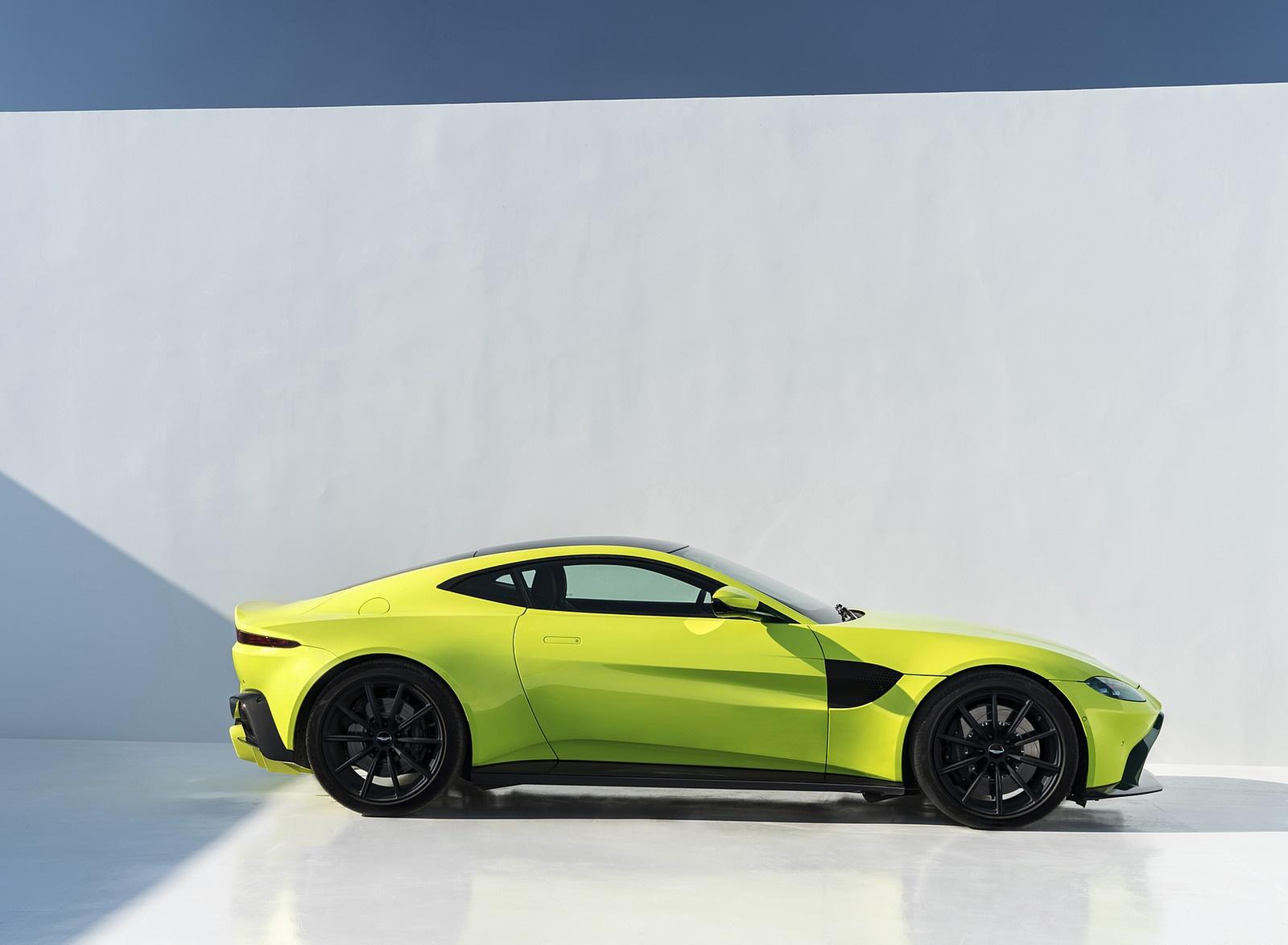 2019 Aston Martin Vantage Side Wallpapers (14)