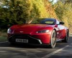 2019 Aston Martin Vantage (UK-Spec) Front Three-Quarter Wallpapers 150x120 (45)