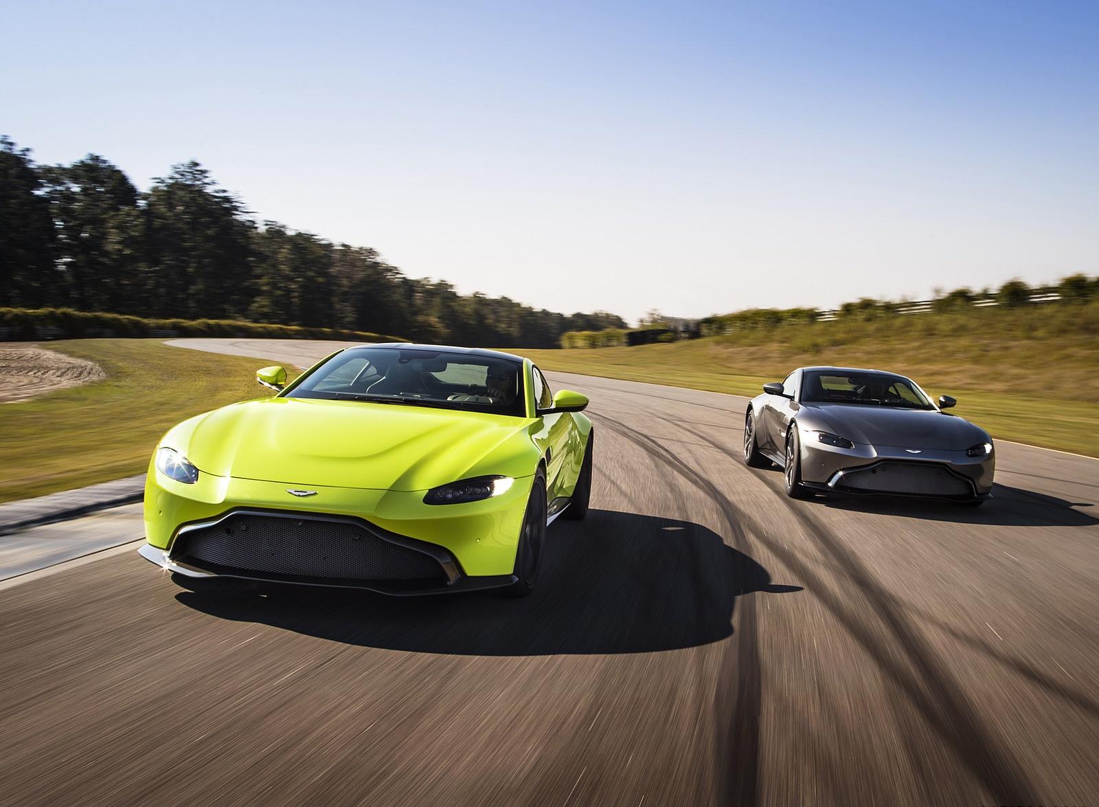 2019 Aston Martin Vantage Wallpapers (1)