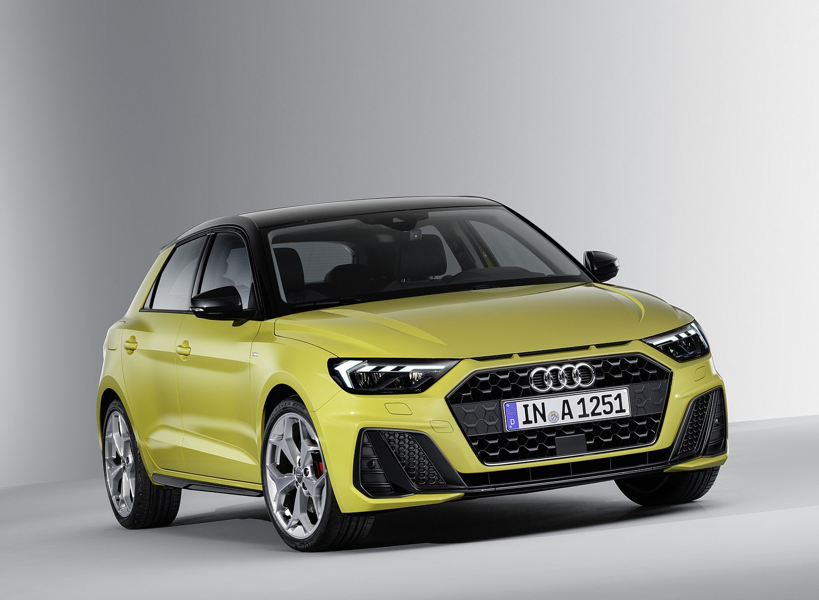 2019 Audi A1 Sportback (Color: Python Yellow) Front Wallpapers (14)