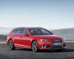 2019 Audi A4 Avant (Color: Misano Red) Front Three-Quarter Wallpapers 150x120 (16)