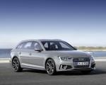 2019 Audi A4 Avant (Color: Quantum Gray) Front Three-Quarter Wallpapers 150x120 (10)