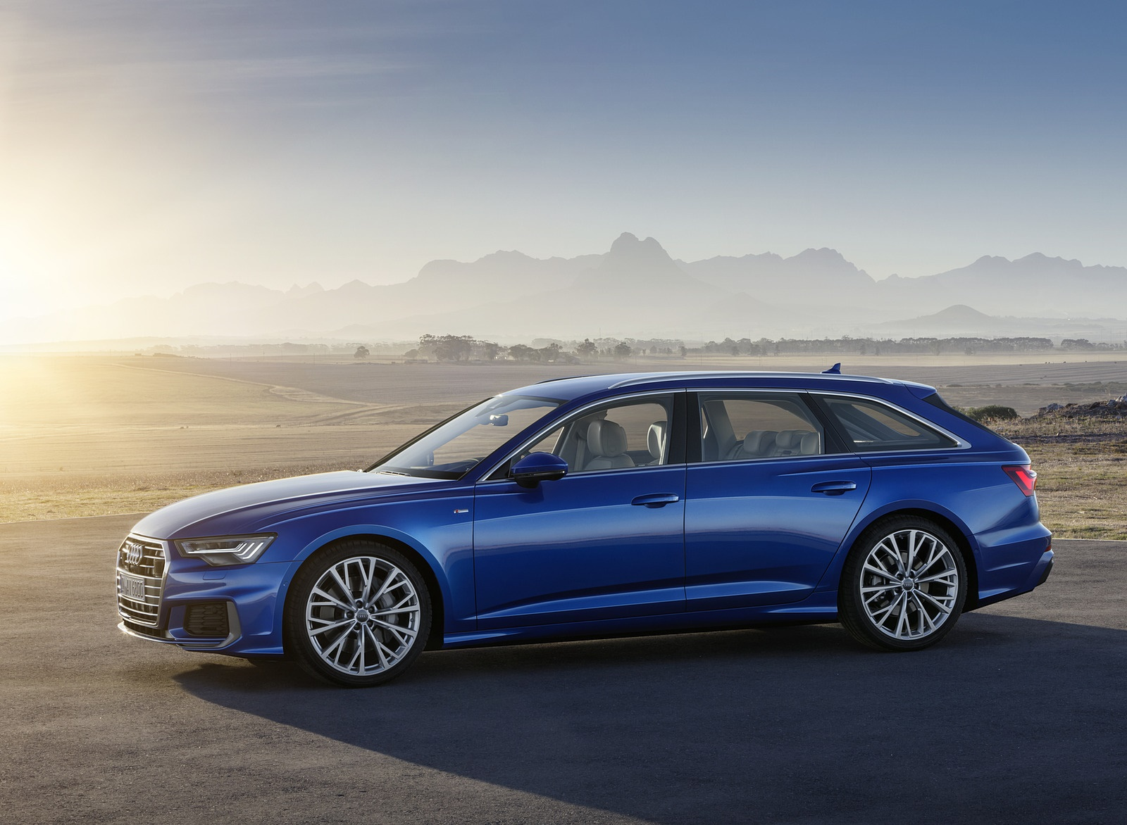 2019 Audi A6 Avant (Color: Sepang Blue) Side Wallpapers (14)