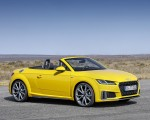2019 Audi TT Roadster (Color: Vegas Yellow) Front Three-Quarter Wallpaper 150x120 (28)