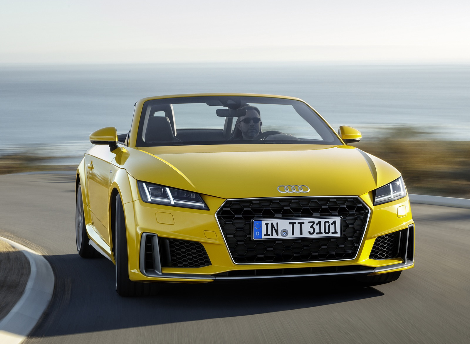2019 Audi TT Roadster (Color: Vegas Yellow) Front Wallpaper (15)