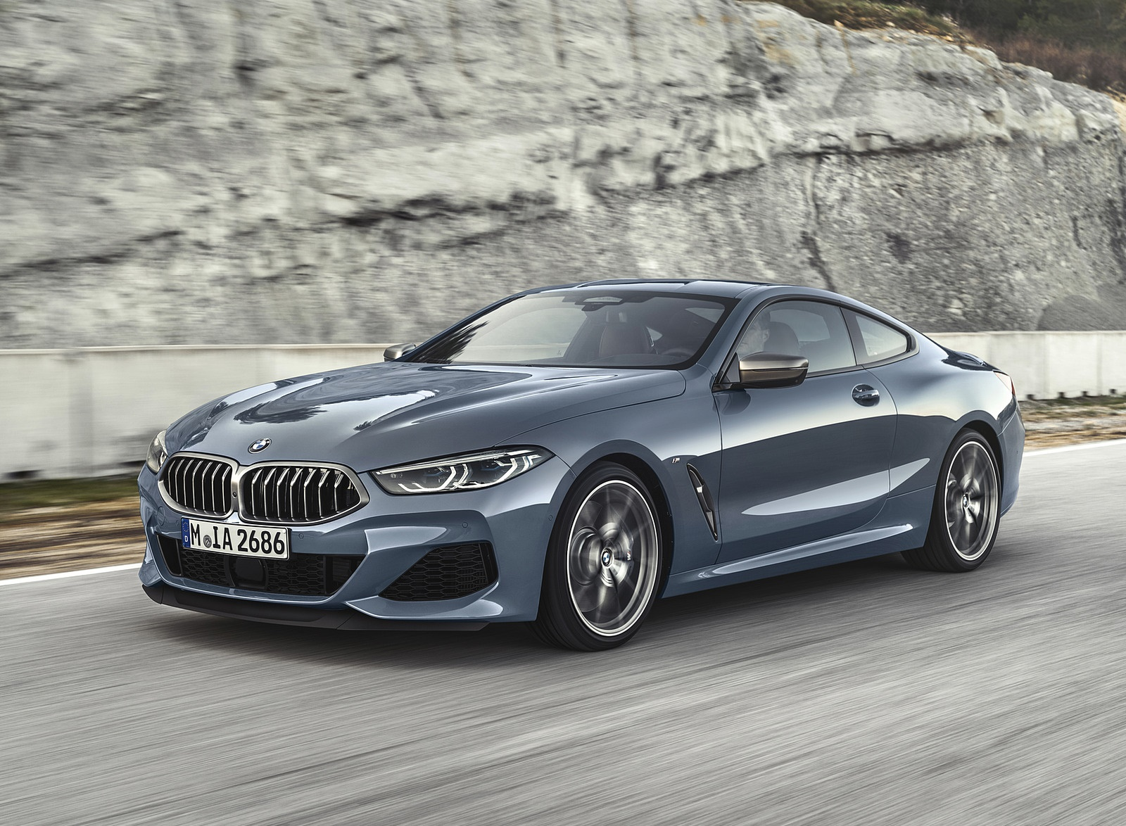 2019 BMW 8-Series M850i Front Three-Quarter Wallpapers (1)