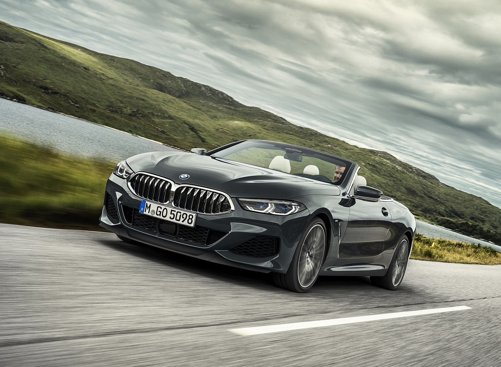 2019 BMW 8 Series M850i xDrive Convertible Front Three-Quarter Wallpapers (4)