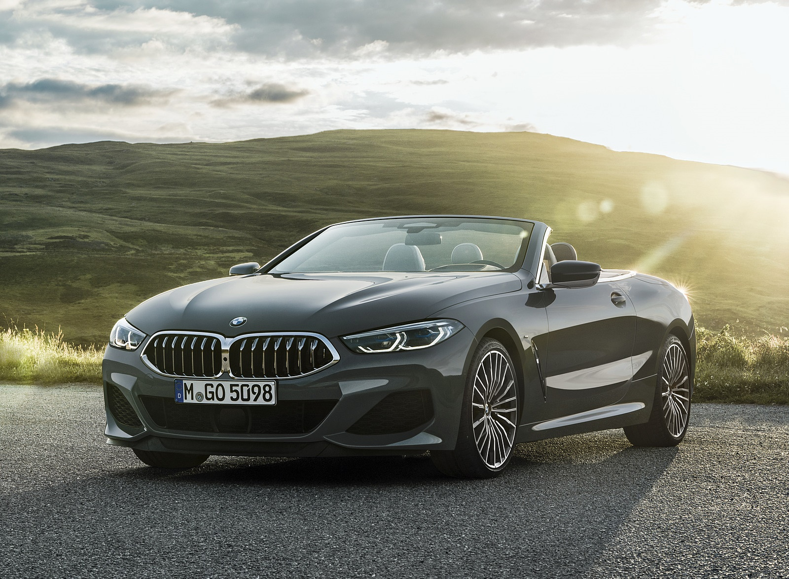 2019 BMW 8 Series M850i xDrive Convertible Front Three-Quarter Wallpapers (5)