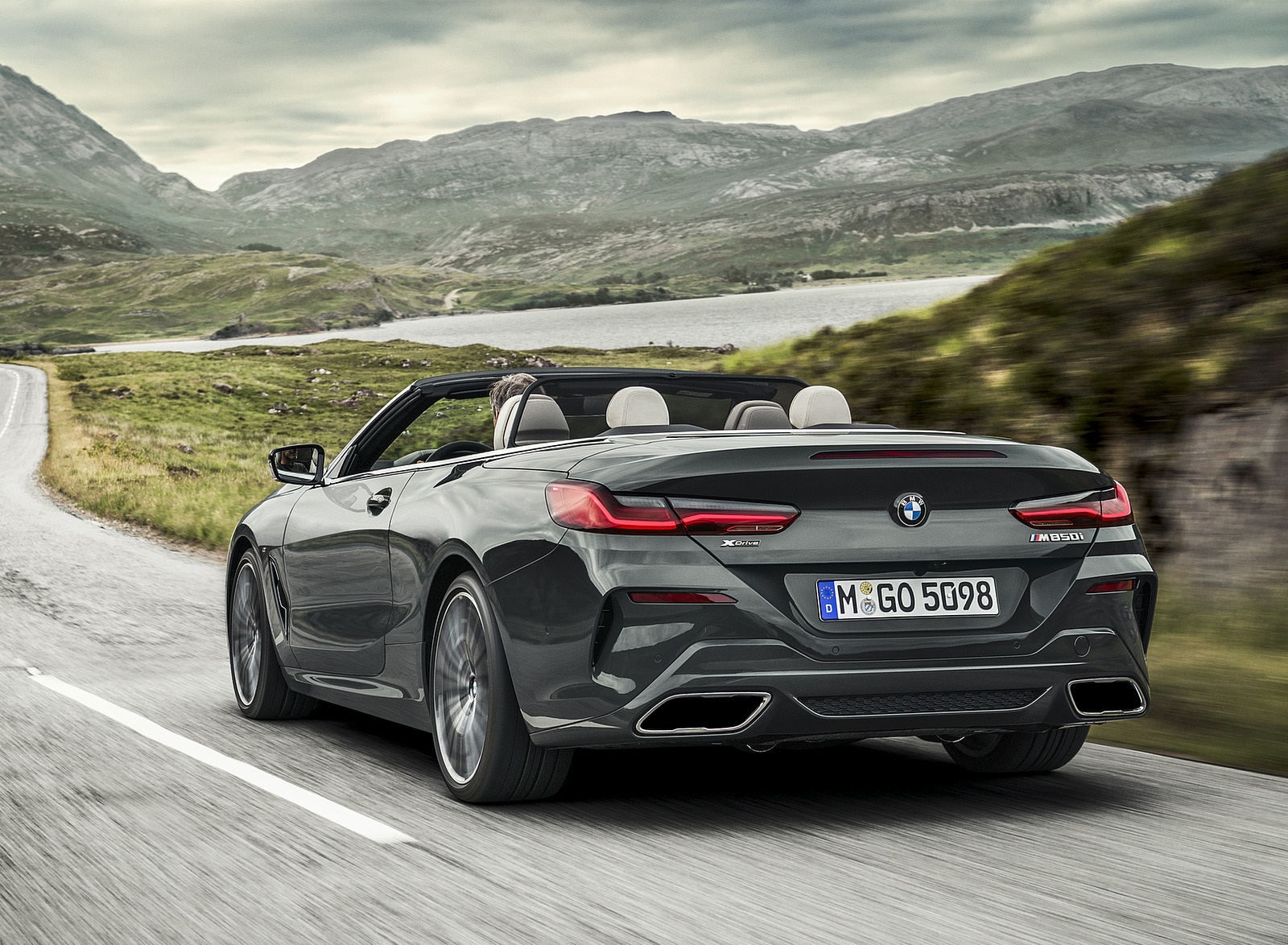 2019 BMW 8 Series M850i xDrive Convertible Rear Three-Quarter Wallpapers (10)