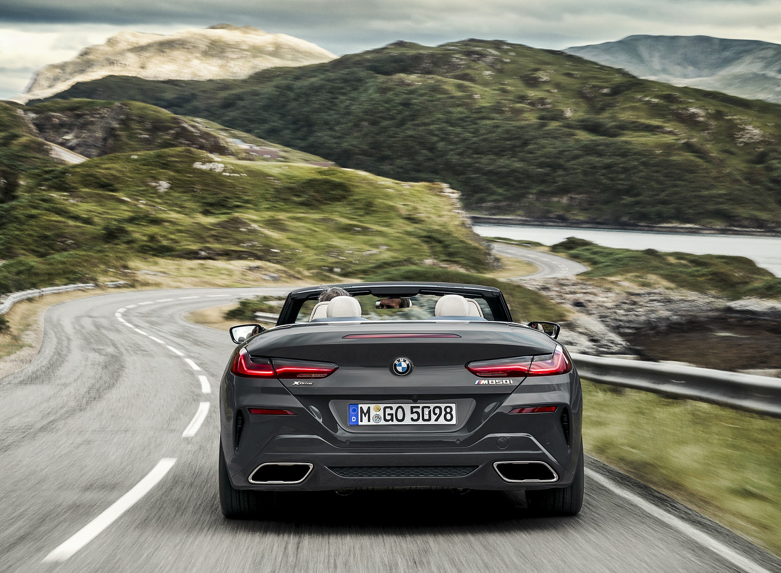 2019 BMW 8 Series M850i xDrive Convertible Rear Wallpapers (8)