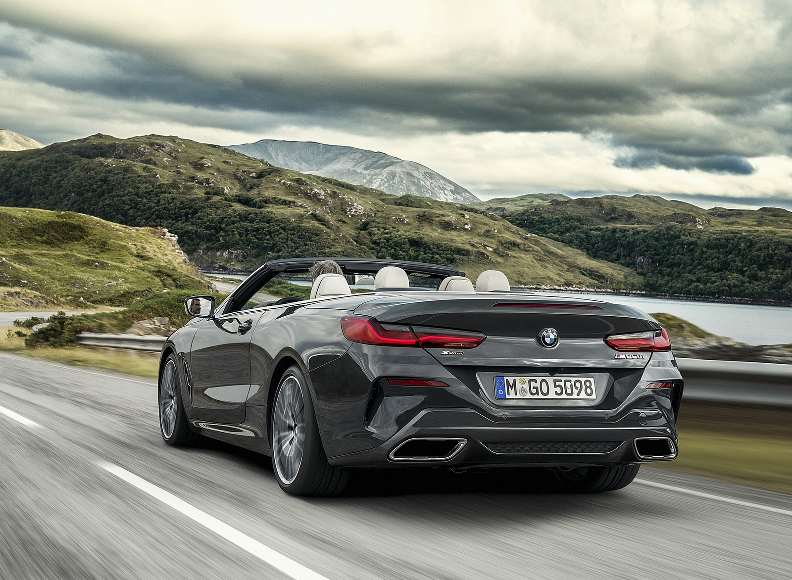 2019 BMW 8 Series M850i xDrive Convertible Rear Wallpapers (7)