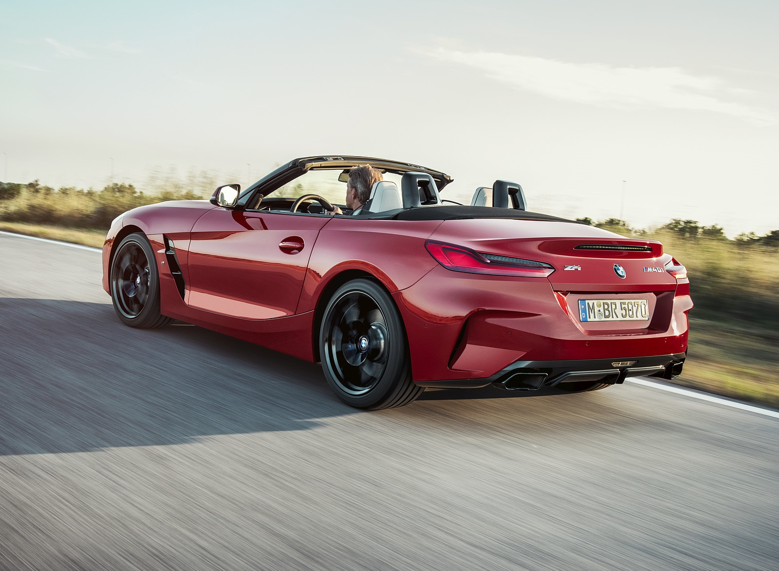 2019 BMW Z4 M40i First Edition Rear Three-Quarter Wallpapers (4)