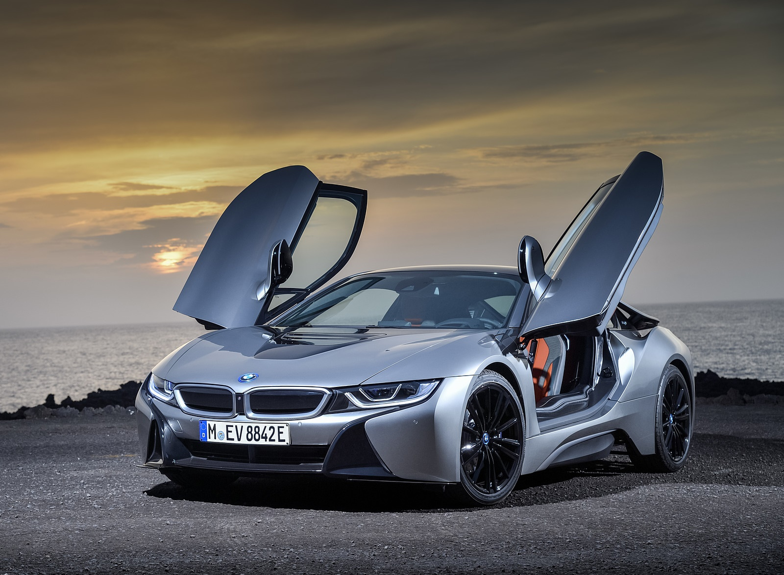 2019 BMW i8 Coupe Front Wallpaper (11)