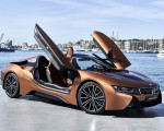 2019 BMW i8 Roadster (Color: E-Copper) Front Three-Quarter Wallpapers 150x120 (50)