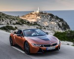 2019 BMW i8 Roadster (Color: E-Copper) Front Three-Quarter Wallpapers 150x120 (40)