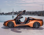 2019 BMW i8 Roadster (Color: E-Copper) Side Wallpapers 150x120 (41)