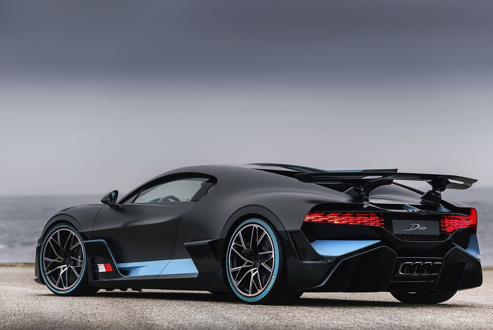 2019 Bugatti Divo Rear Three-Quarter Wallpaper (8)