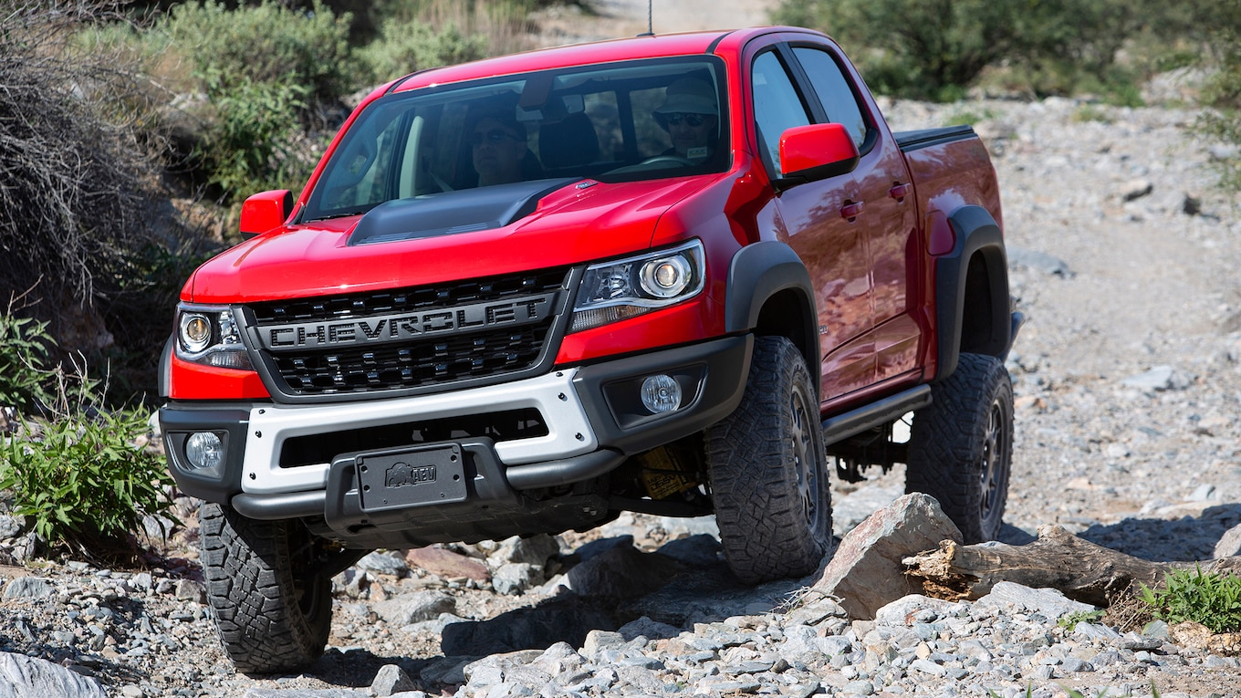 2019 Chevrolet Colorado ZR2 Bison Front Wallpapers (1)