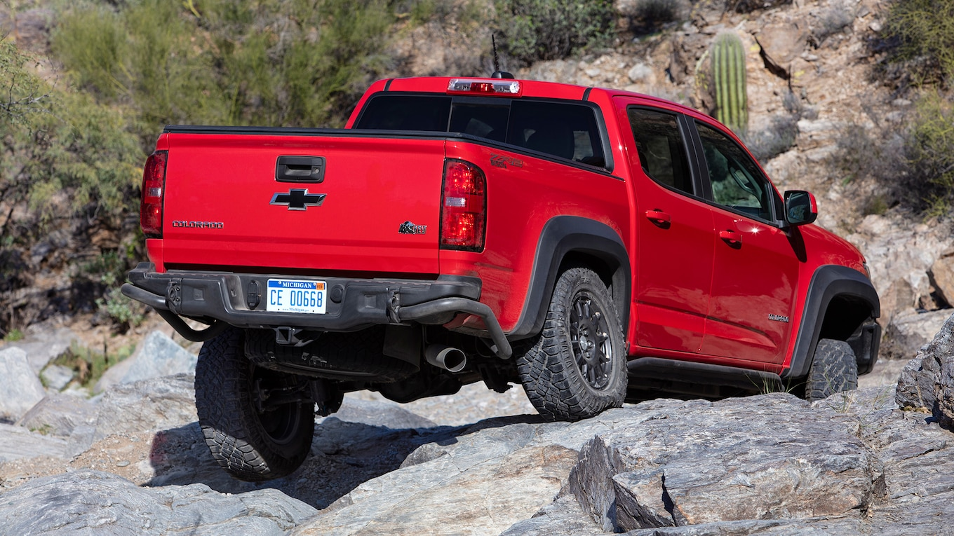 2019 Chevrolet Colorado ZR2 Bison Rear Wallpapers (8)