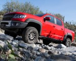 2019 Chevrolet Colorado ZR2 Bison Side Wallpapers 150x120 (15)