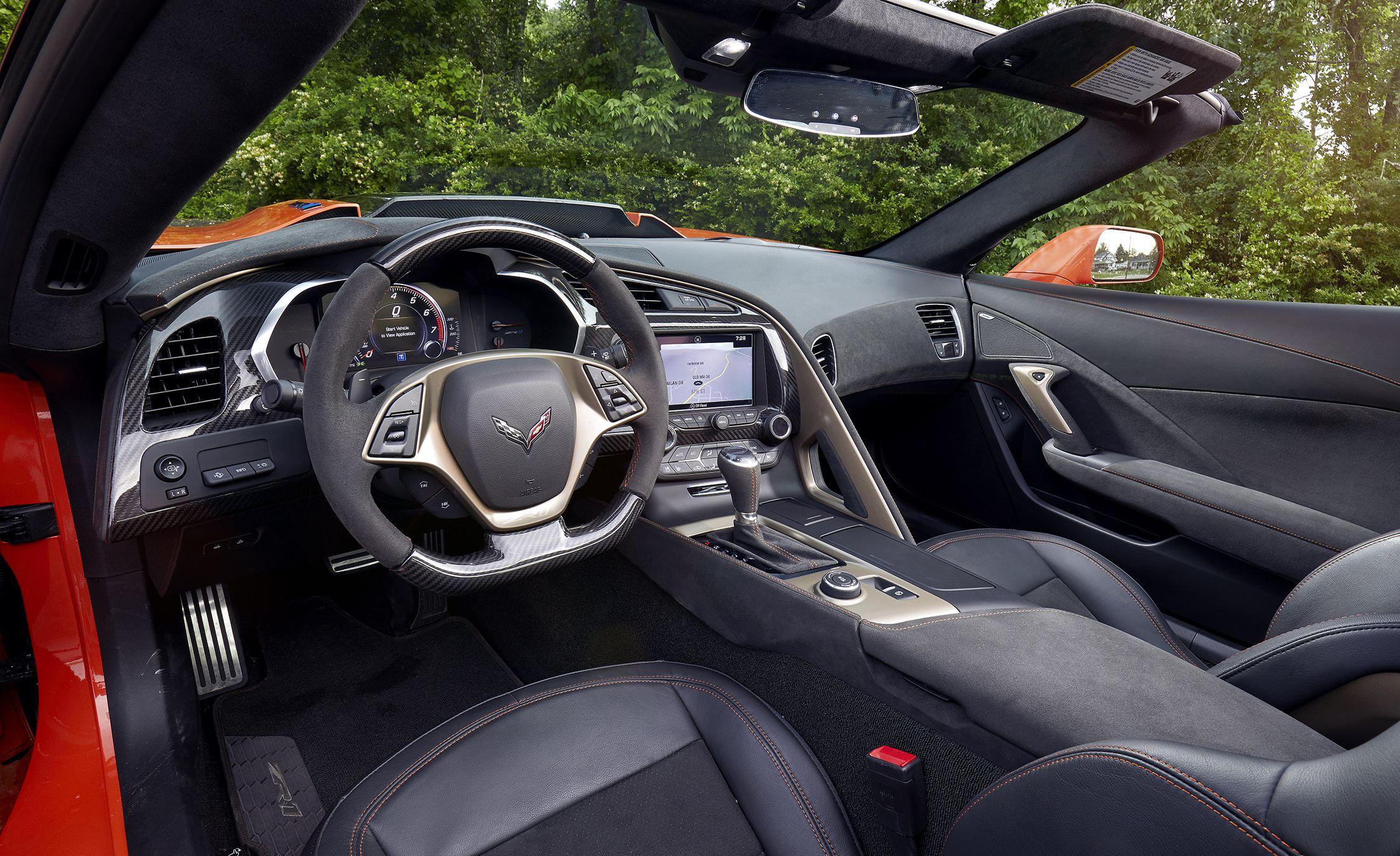 2019 Chevrolet Corvette ZR1 Interior Seats Wallpaper (14)