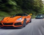 2019 Chevrolet Corvette ZR1 and 2018 Porsche 911 GT2 RS Front Three-Quarter Wallpapers 150x120 (2)